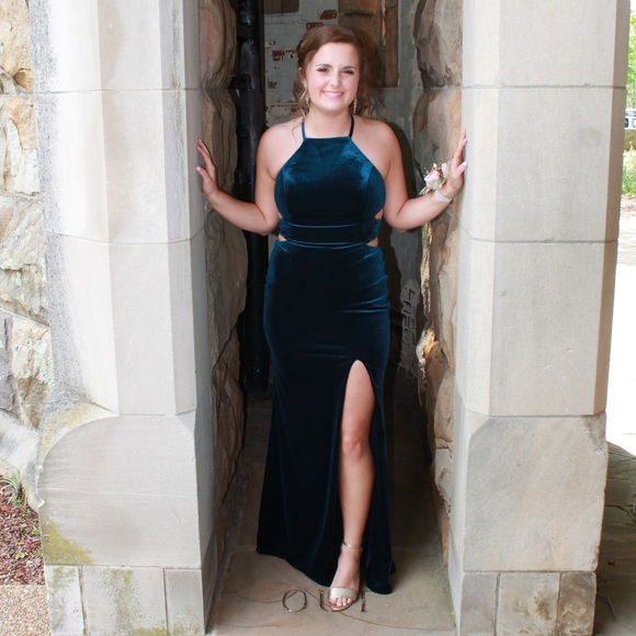 La Femme Dresses & Skirts - La femme prom/formal dress. All velvet